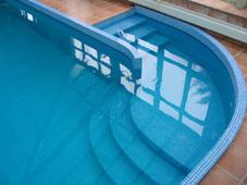 Устройство бассейна: римская лестница