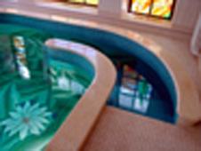Устройство бассейна: бетонная лестница, облицовка мозаикой