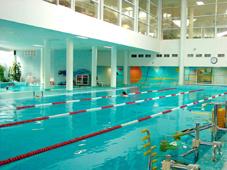 Оборудование плавательного бассейна: водные тренажеры